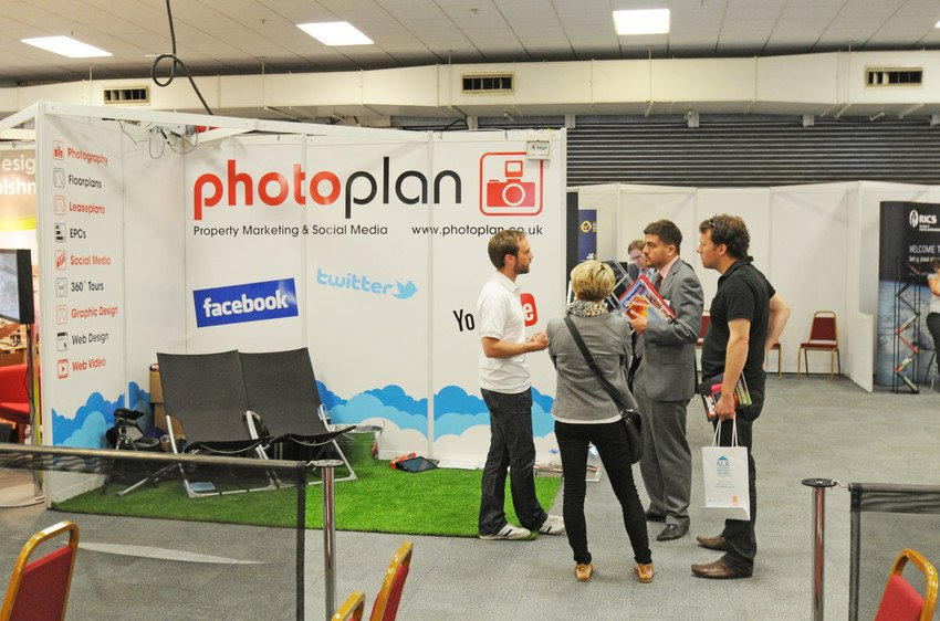 Pps show photoplan stand scr photoplan property marketing for Photo plan