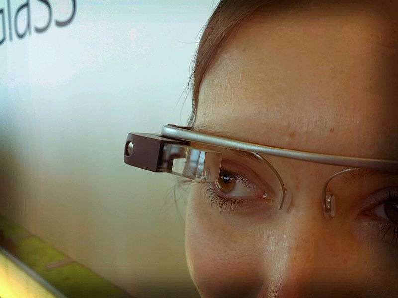 Should You Be Using Smart Glasses for 360 Virtual Property Tours?