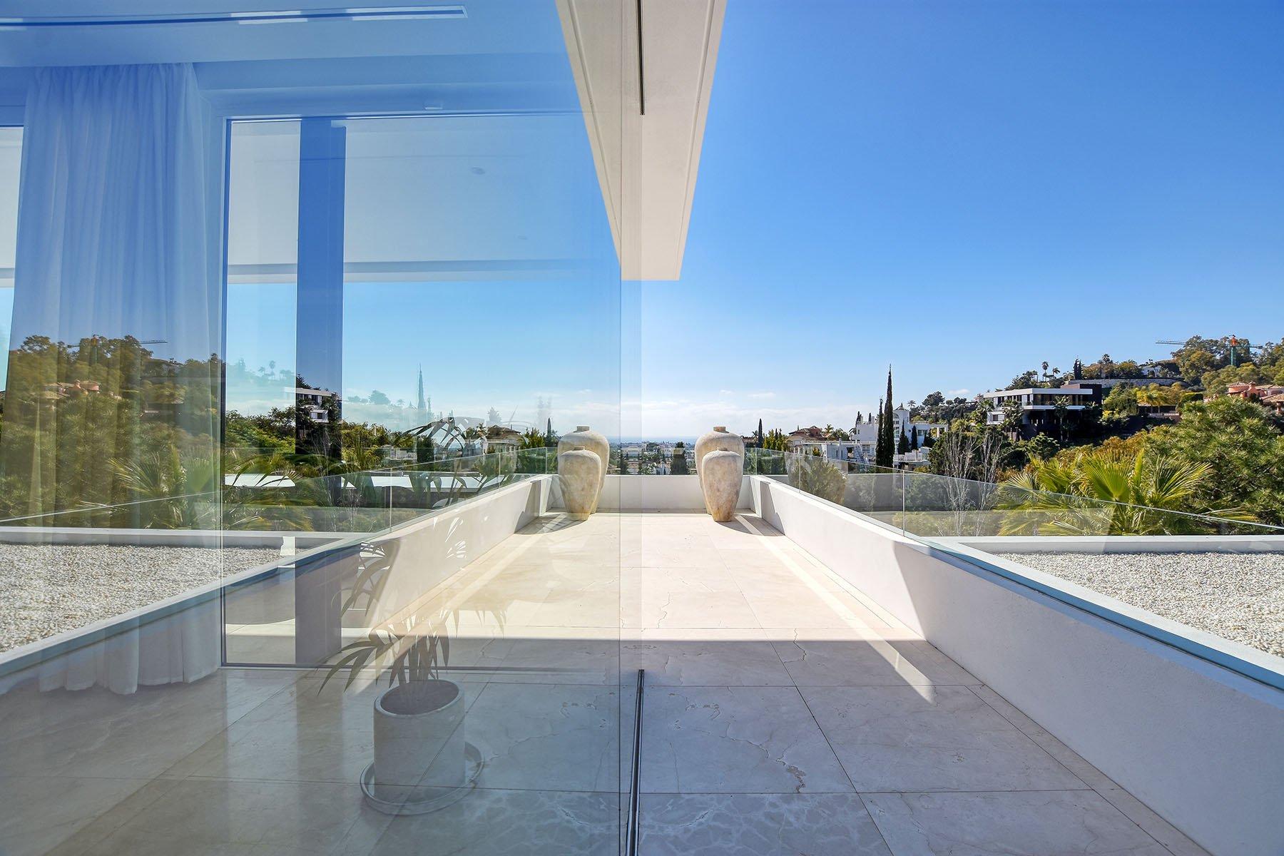 Property Photographer, Floor Planner & 360° Virtual Tour Creator